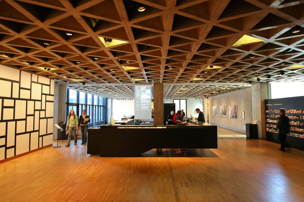 Yale University Art Gallery - Lajes Nervuradas