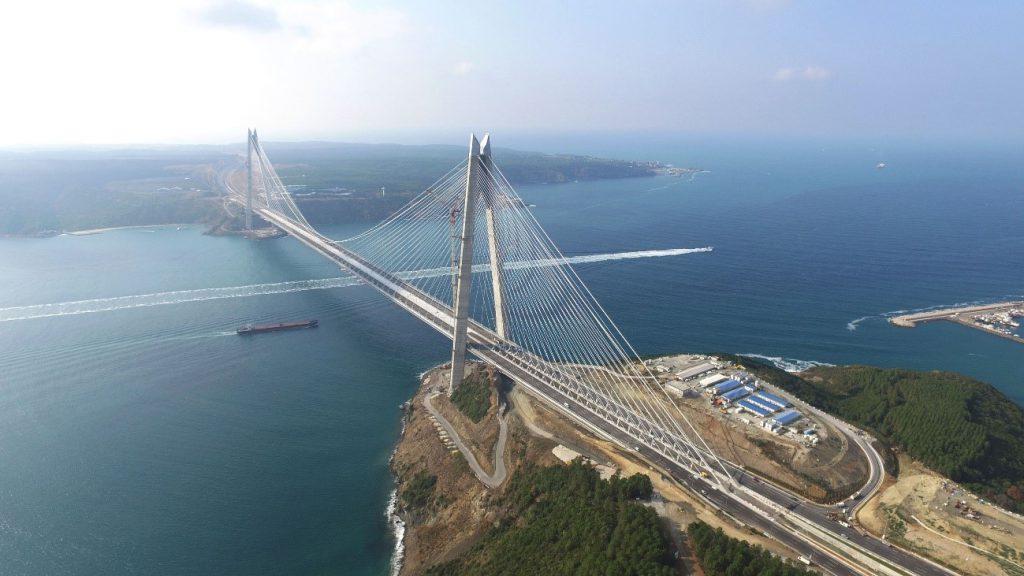 Grandes vãos - ponte Yavuz Sultan Selim