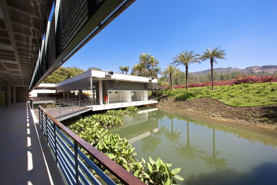 Centro Educativo Burle Marx área externa