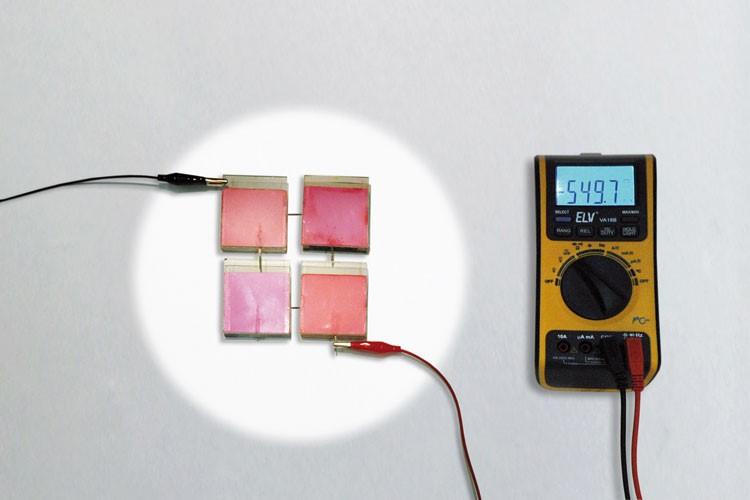 Concreto Fotovoltaico Dyscrete