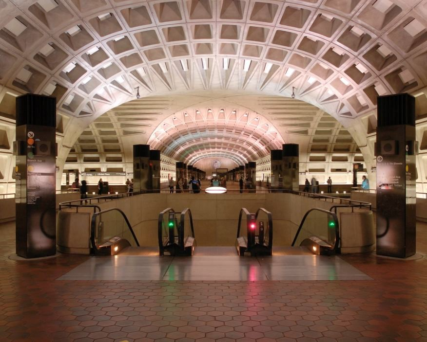 Laje nervurada pelo mundo - entrada do Washington Metro