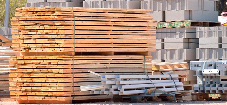 armazenamento-de-materiais-madeira-e-plastico